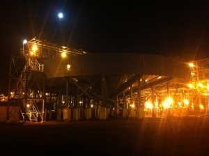 Full moon. I am really starting to enjoy night shift. It would be better with less bugs though.